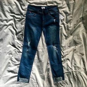 Hudson jeans Mid rise Cat step hem destroyed sz 27